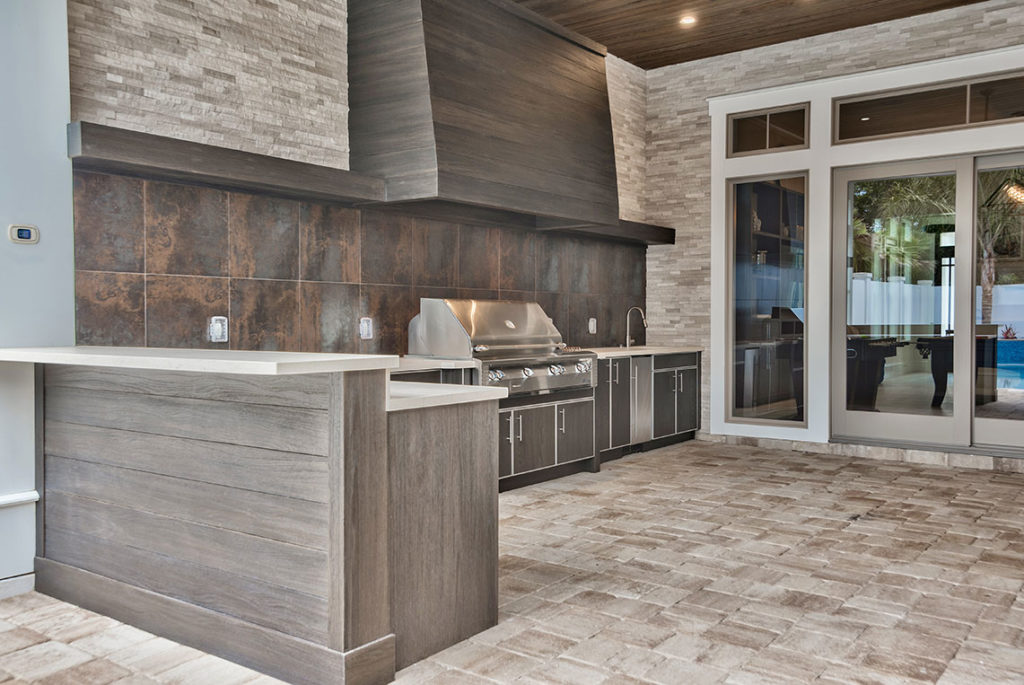 Outdoor Kitchen by Stone Interiors