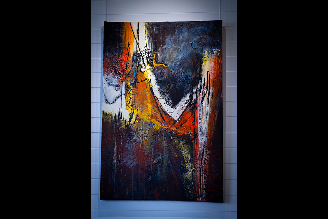 Luna Fine Art Gallery - A Venue for Local Artists
